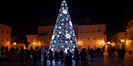 Świąteczne iluminacje w mieście